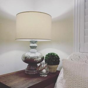lampa cu iluminat prin becuri led