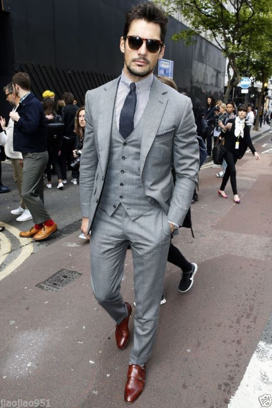 costum haina si pantaloni gri de barbati
