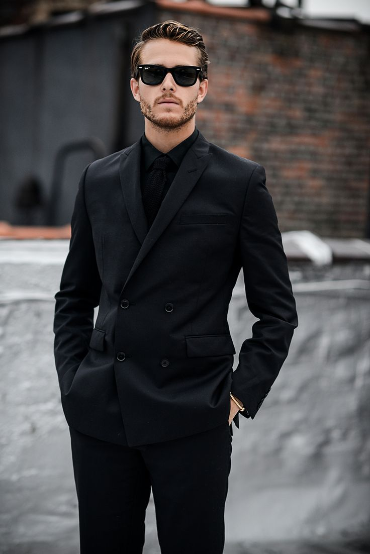 costum negru barbati 2017